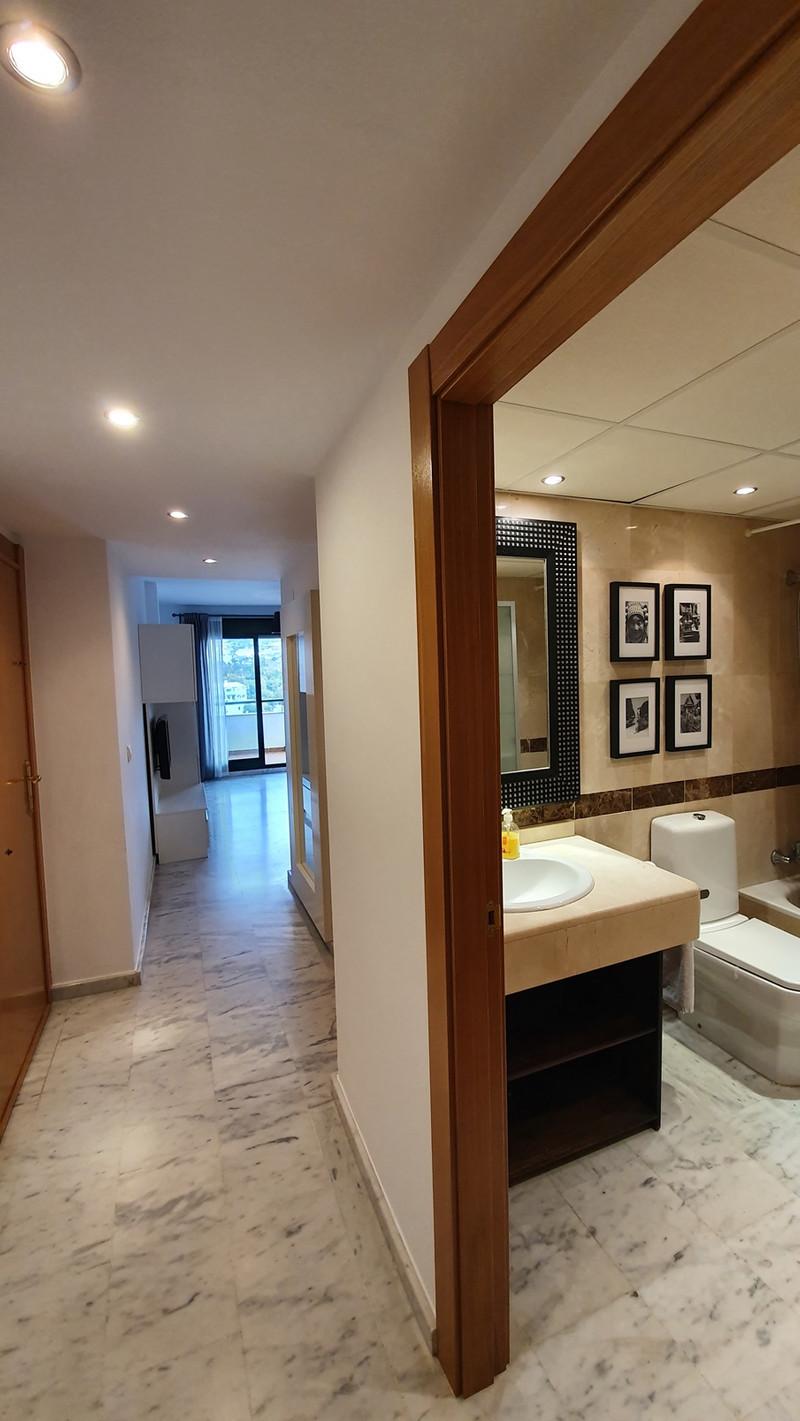 Apartamento Planta Media en venta en Benalmadena Costa – R3569284
