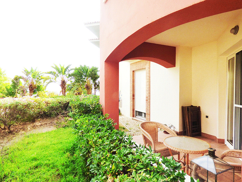 Lovely ground floor 2 bed 2 bath apartment in perfect condition in Benalmadena, only 15-minutes from,Spain