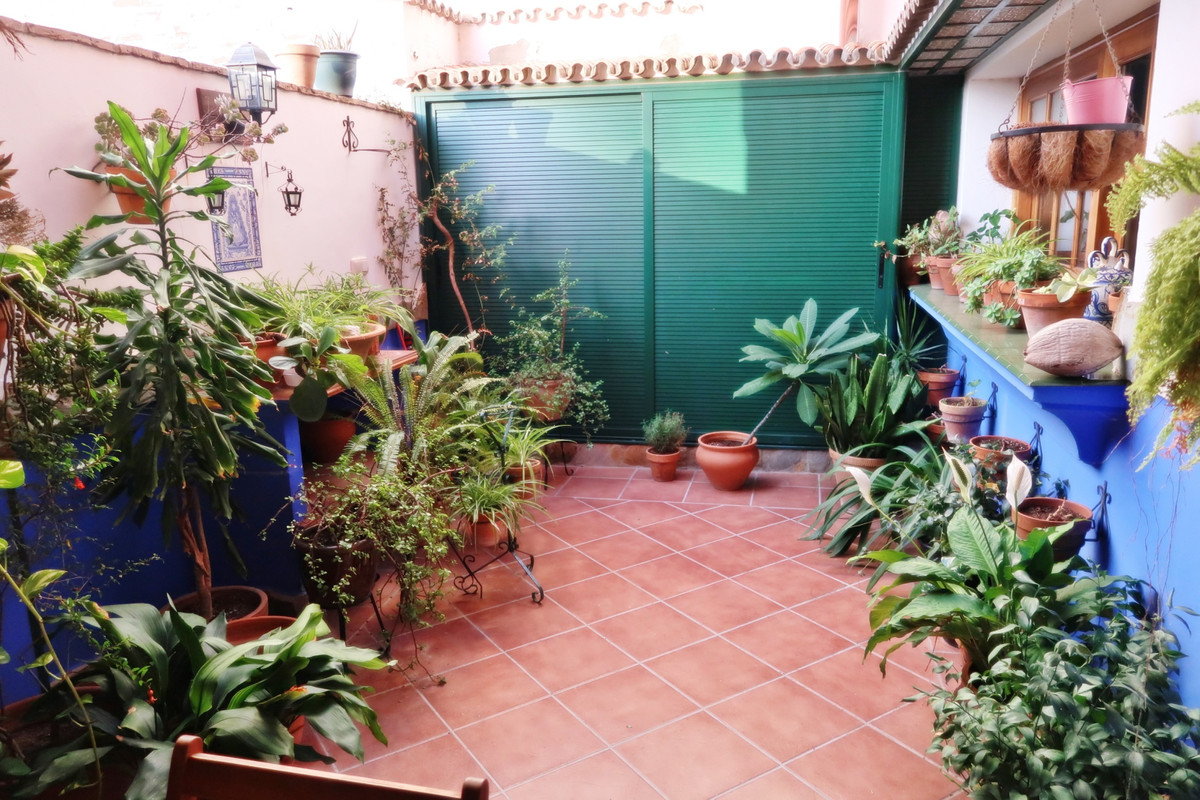 Huge three level typical Spanish family house located In the centre of Benalmadena, a two-minute wal,Spain