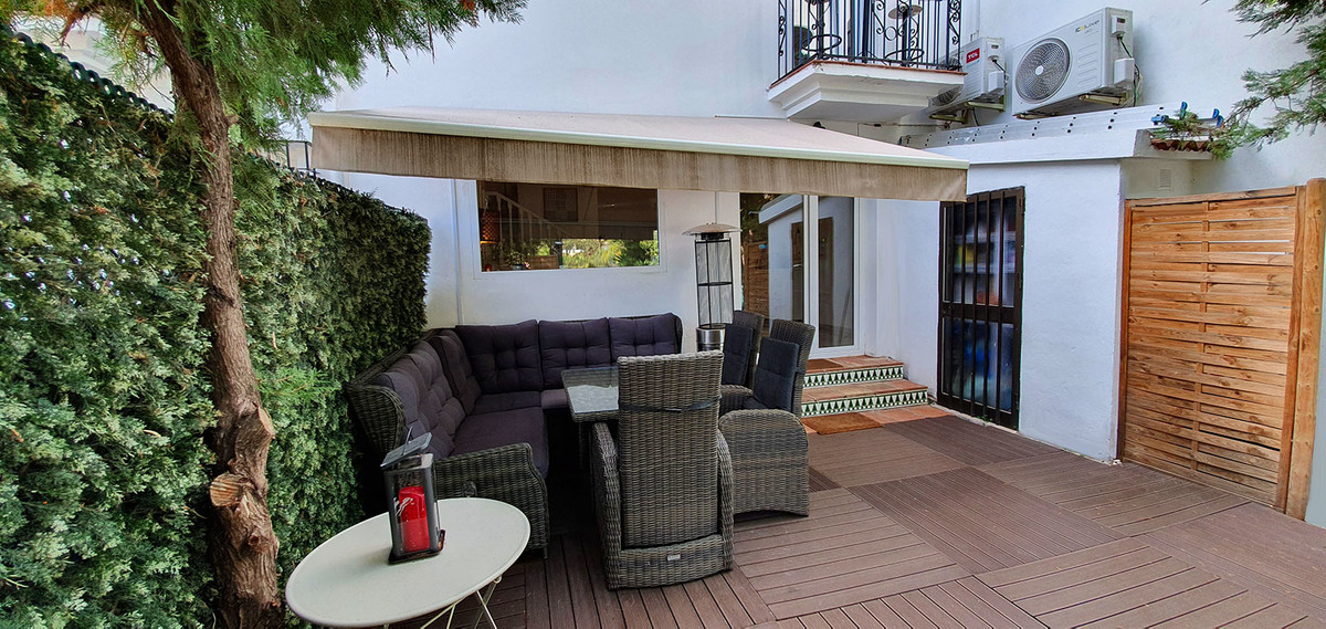 Beautiful townhouse for sale just 350 meters from the seaside and the beach in the Torrequebrada are,Spain