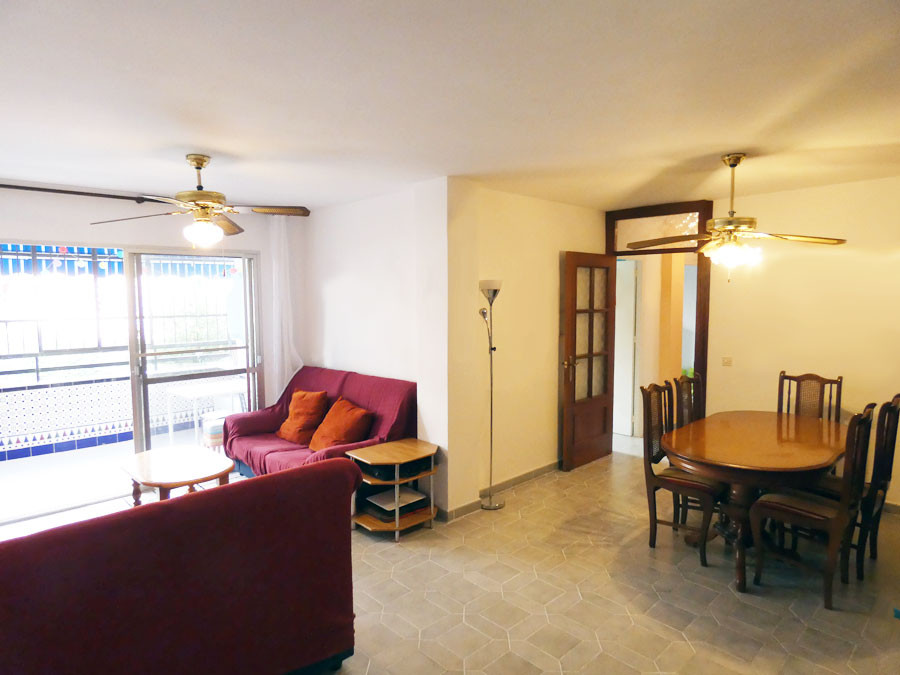 3 bedroom apartment for sale 10 minutes walk from the center of Arroyo de la Miel, its train station,Spain