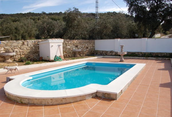 Wonderful Detached House With A Range Of Outbuildings Located In A Delightful Village Close To... Mo, Spain