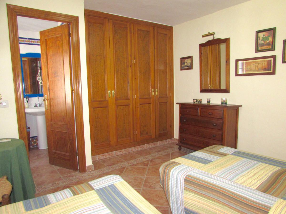 Appartement te koop in Estepona, Spain