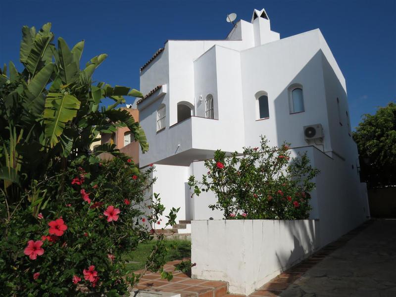 Semi-Detached House - Nueva Andalucía - R3198121 - mibgroup.es