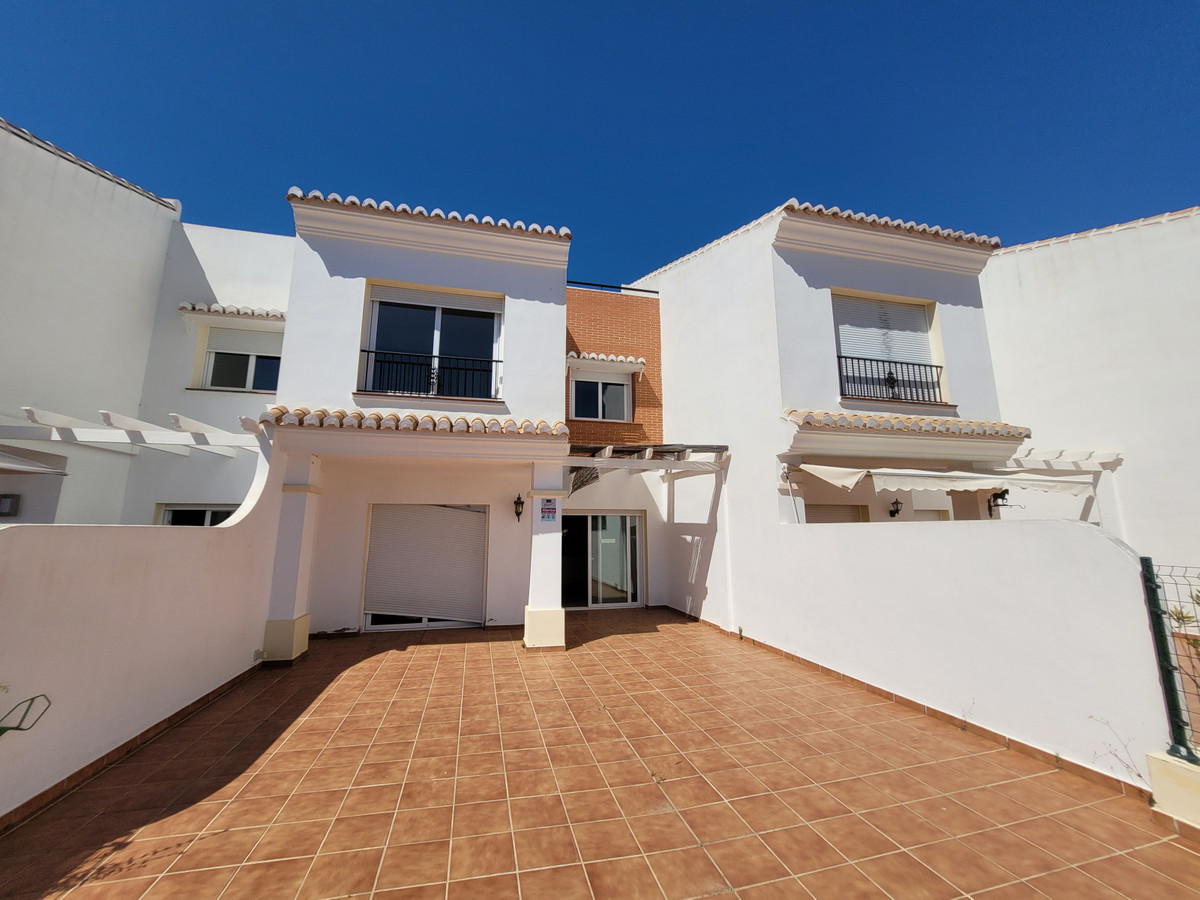 Ref:R3763816 House - Townhouse For Sale in El Chaparral