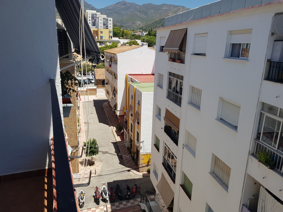 Ref:R3705653 Apartment - Middle Floor Apartment For Sale in Marbella