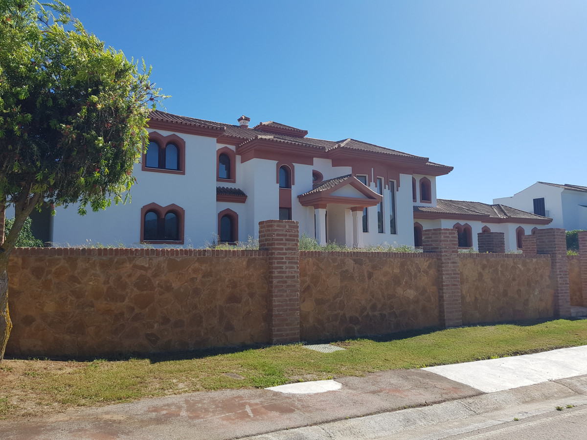 Ref:R3650675 House - Detached Villa For Sale in Sotogrande