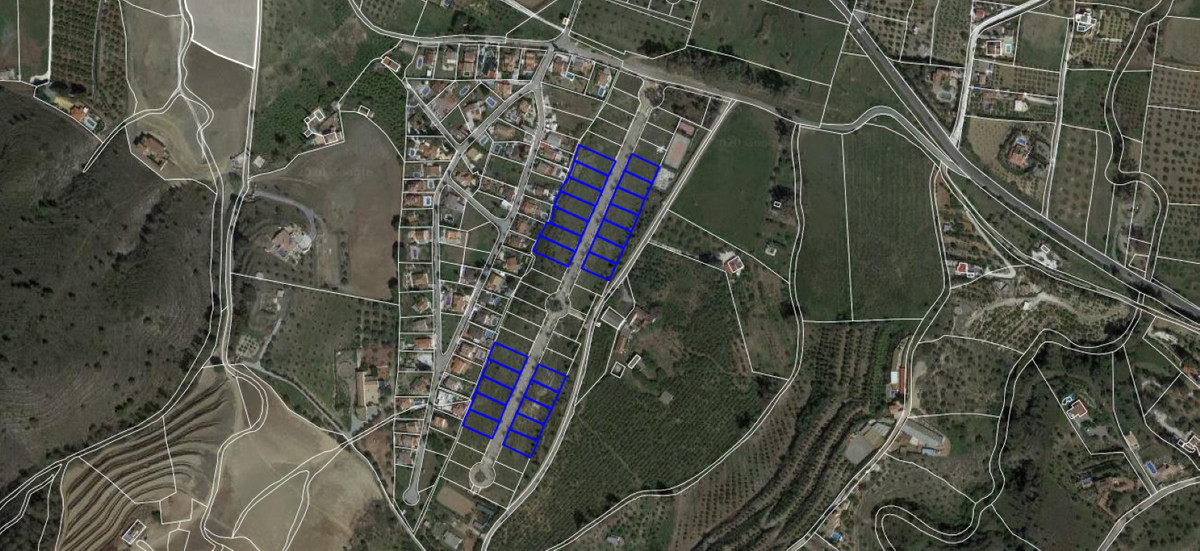Development Land to build 24 independent houses with swimming pools on their own individual plots, s,Spain