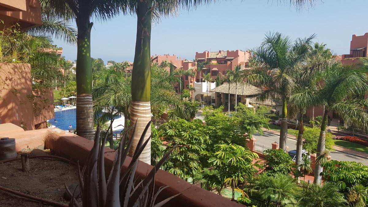 Lägenhet på mellanplan i Costalita R3250429