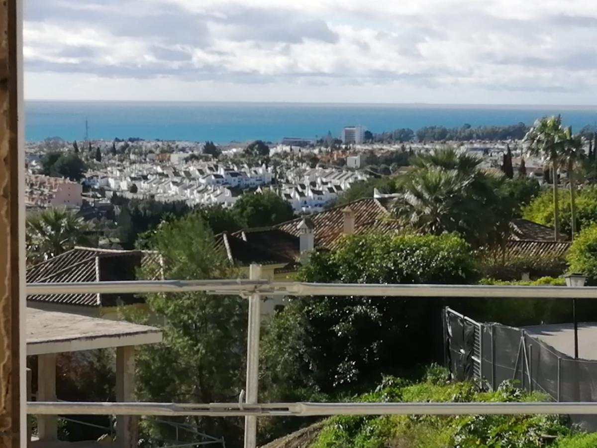 Terrain Résidentiel à El Paraiso, Costa del Sol