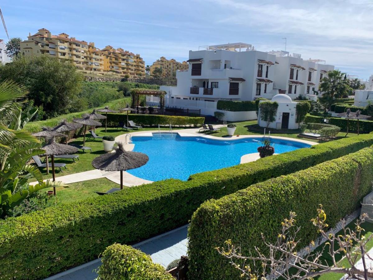 Marbella Banus Apartamento Planta Media en Venta en Selwo – R3575143