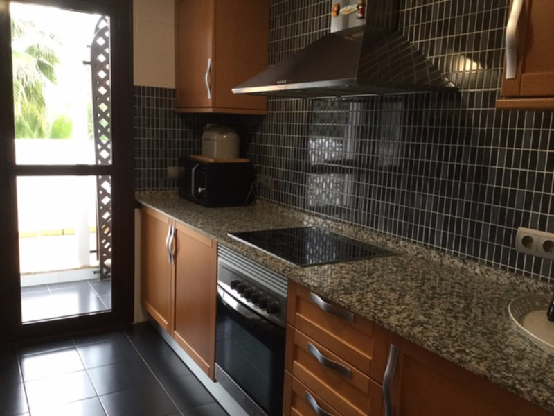 Apartamento Planta Media en venta en Selwo – R3575143