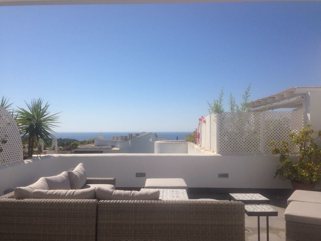 Penthouse, Marbella, Costa del Sol. 2 Bedrooms, 2 Bathrooms, Built 139 m², Terrace 100 m².  Setting , Spain