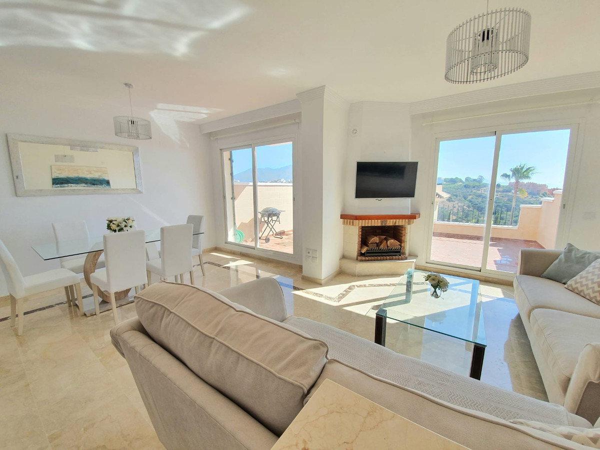 Stunning Townhouse located in the luxury development of La Vizcaronda, Duquesa golf.The property is ,Spain