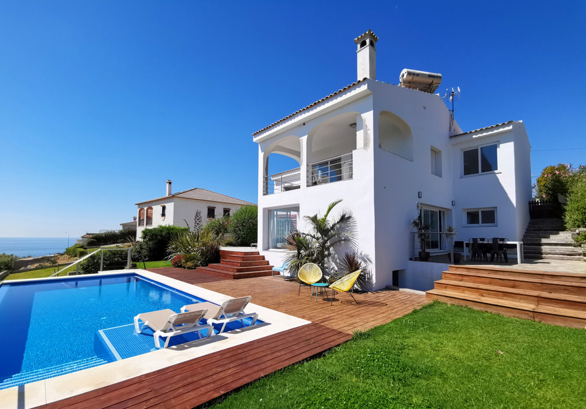 This remarkable property on the edges of Torreguadiaro has stunning sea views, across the rocky bays,Spain