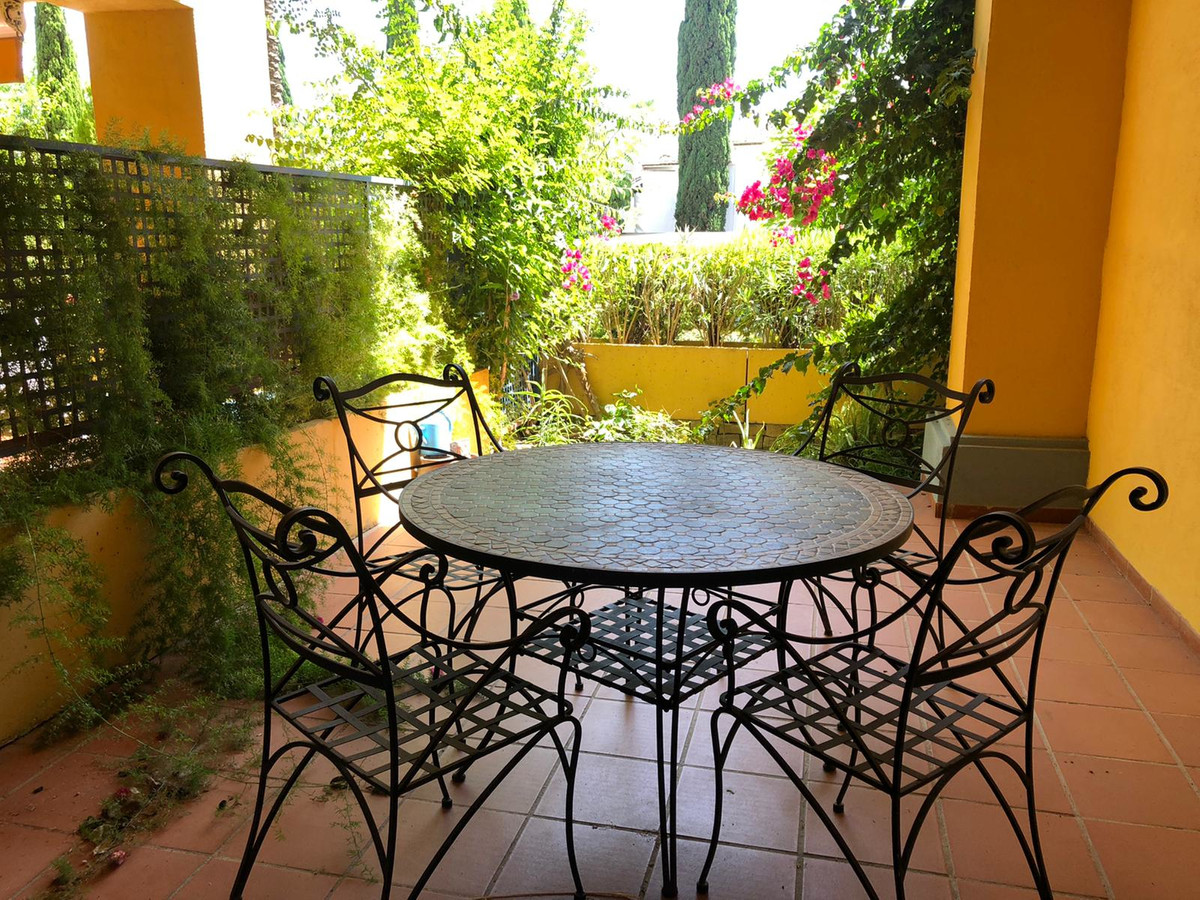 Apartamento Planta Baja en Venta en Bahía de Marbella – R3658691