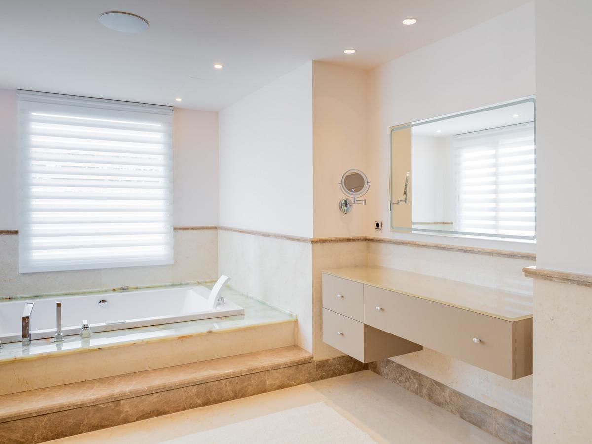 Villa – Chalet en Venta en Marbella – R3369265