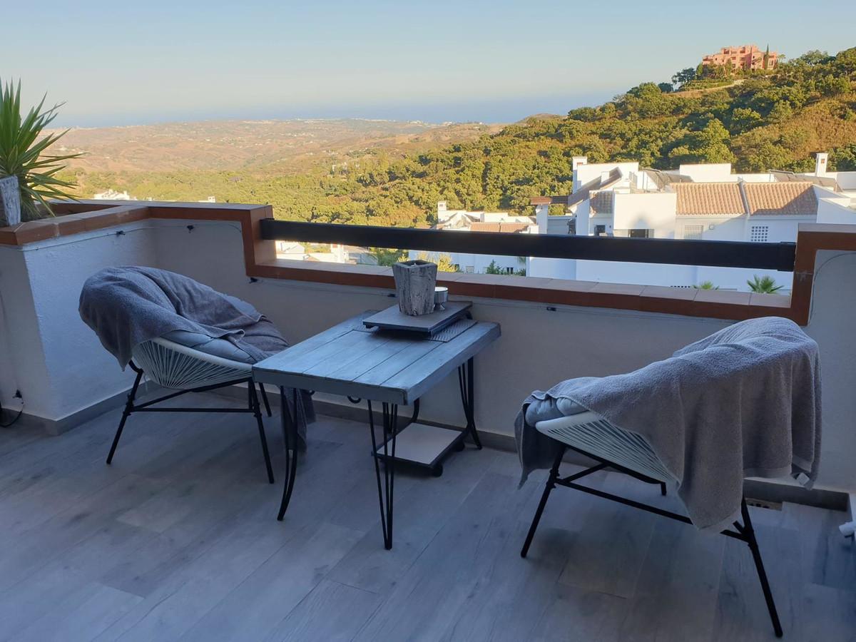 Marbella Banus Apartamento Planta Media en Venta en La Mairena – R3710144