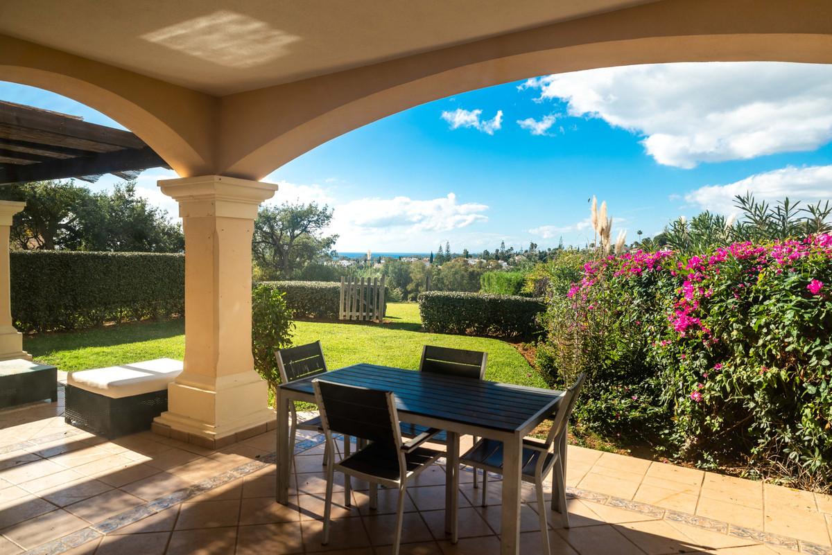 Marbella Banus Apartamento en Venta en Elviria – R3752644