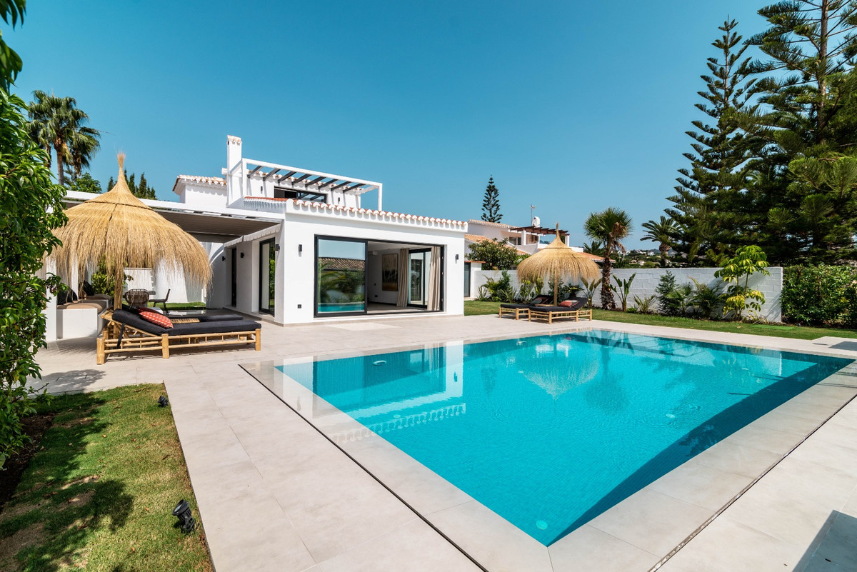 One of a kind! Outstanding renovated to high standards villa in Central Elviria. Built on two levels, Spain
