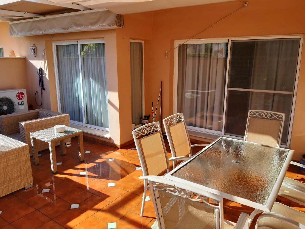 Apartamento Planta Baja en Venta en Elviria – R3555289