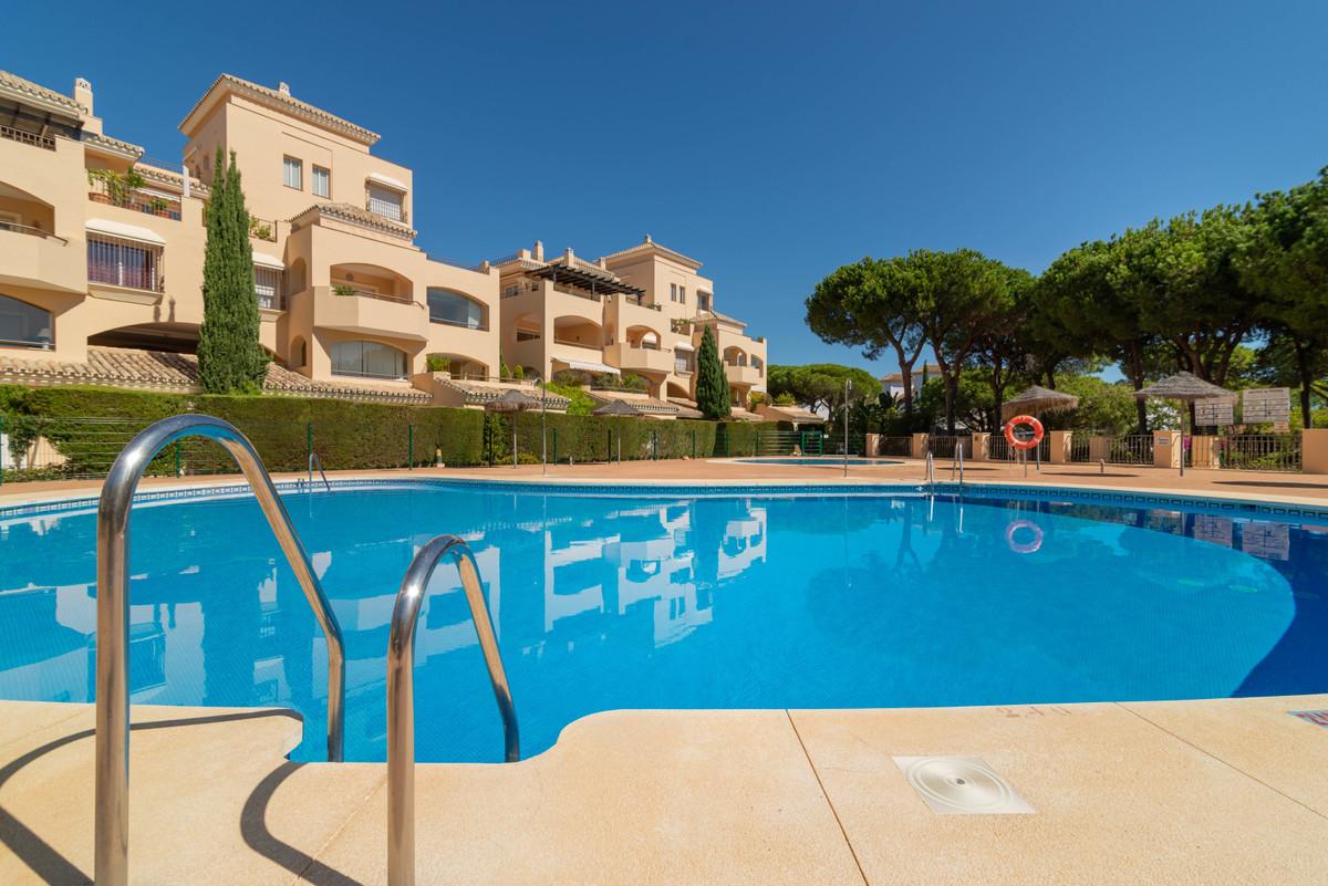 Marbella Banus Apartamento en Venta en Elviria – R3728158