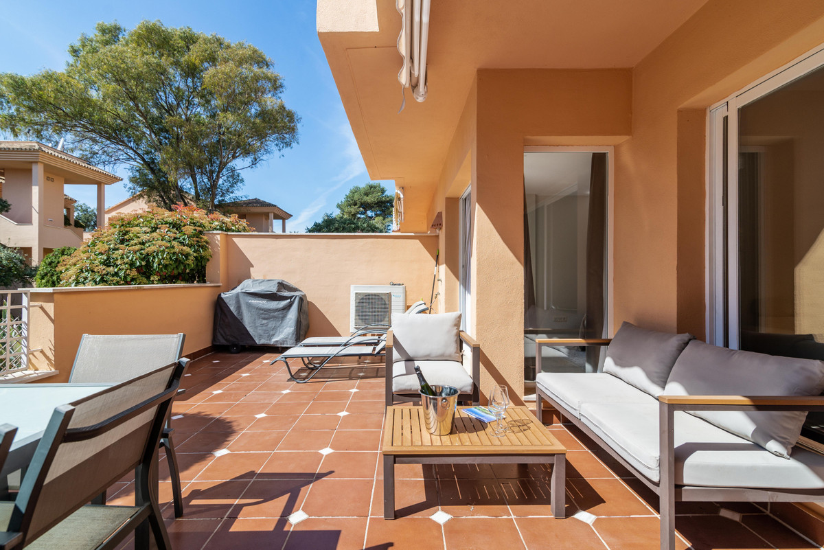 JARDINES DE SANTA MARIA: This well kept apartment comprises an entrance hall that drives to the bedr, Spain