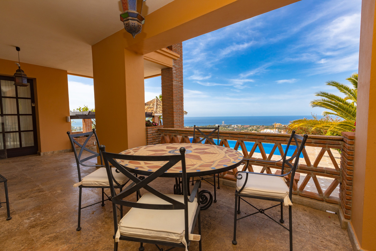 House en Altos de los Monteros R3412759 9