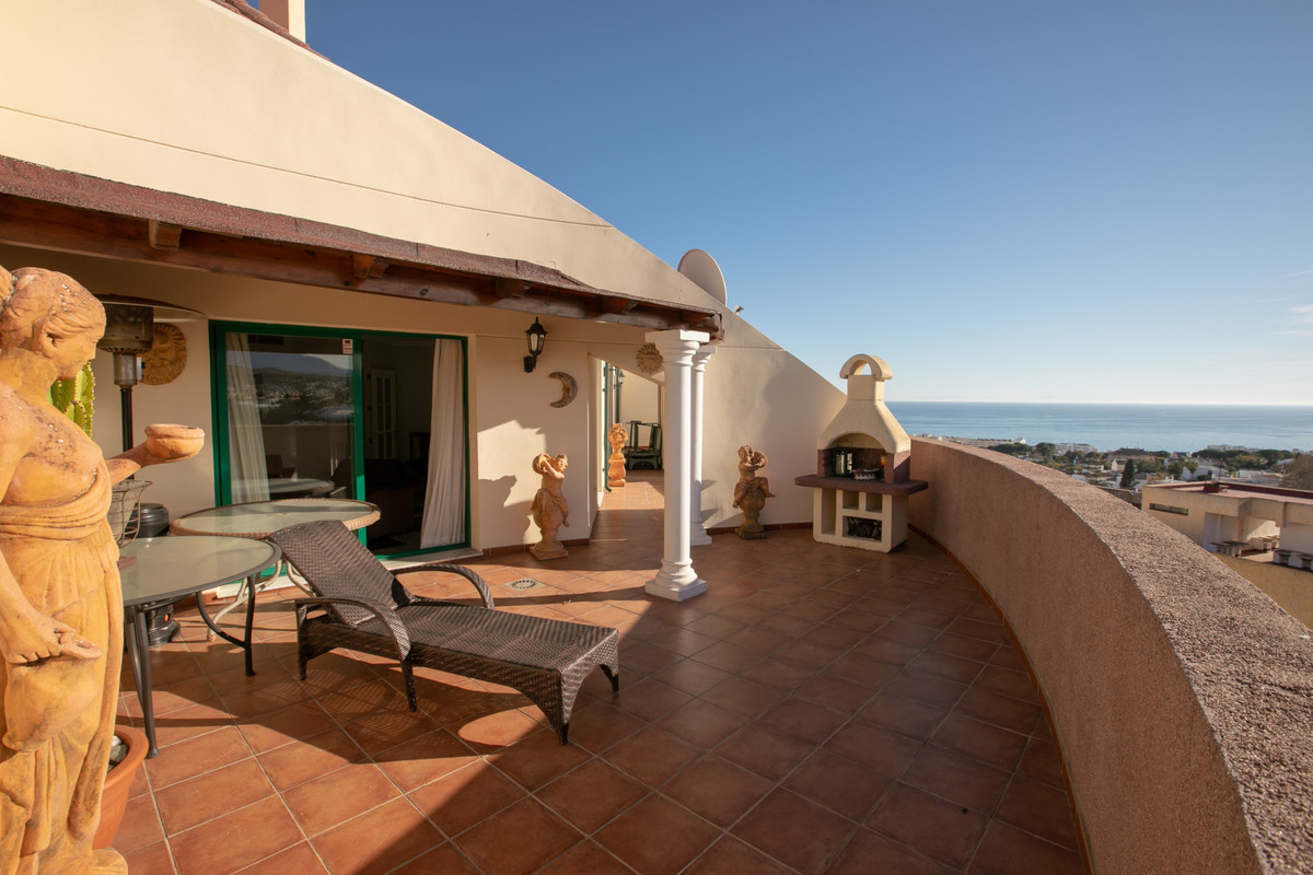 Fantastic penthouse in the centre of marbella, it has lovely views and enjoys the sun all day long. , Spain