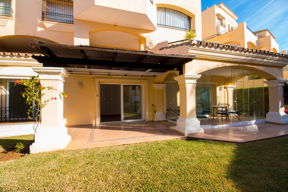 Garden apartment in the well known and luxury complex HACIENDA ELVIRIA,that comes unfurnished but wi, Spain