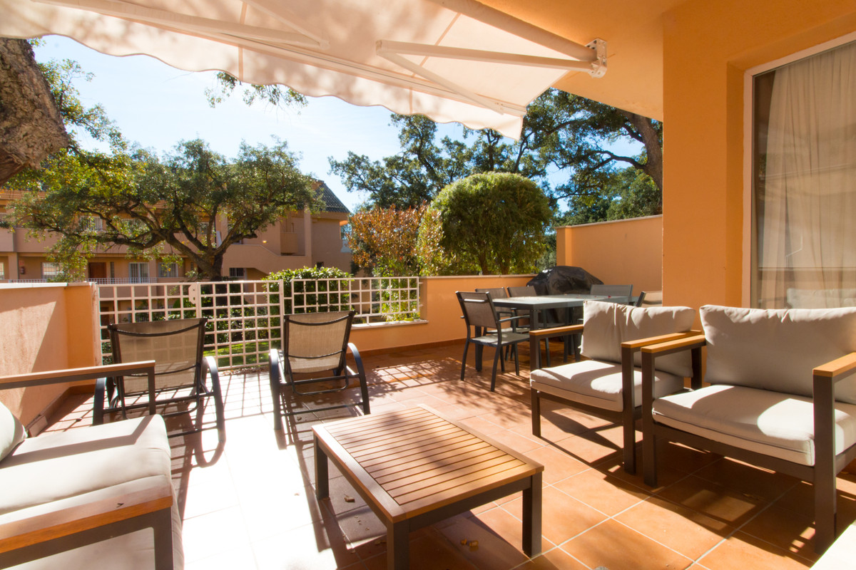 JARDINES DE SANTA MARIA: Beautiful south facing and sunny apartment with large living areas. Walking, Spain