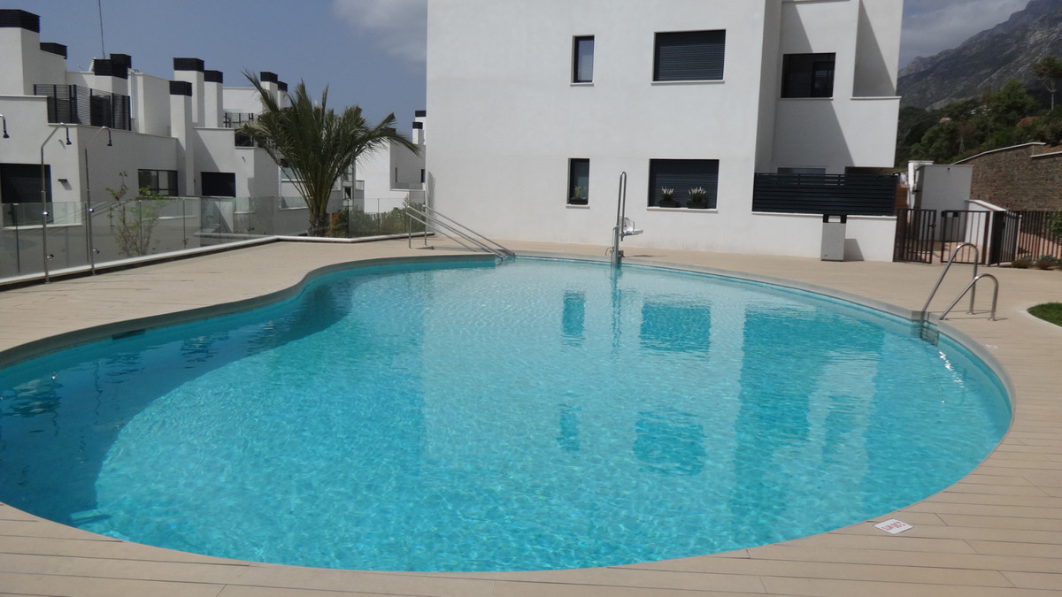 Apartment  Ground Floor for sale   in Marbella
