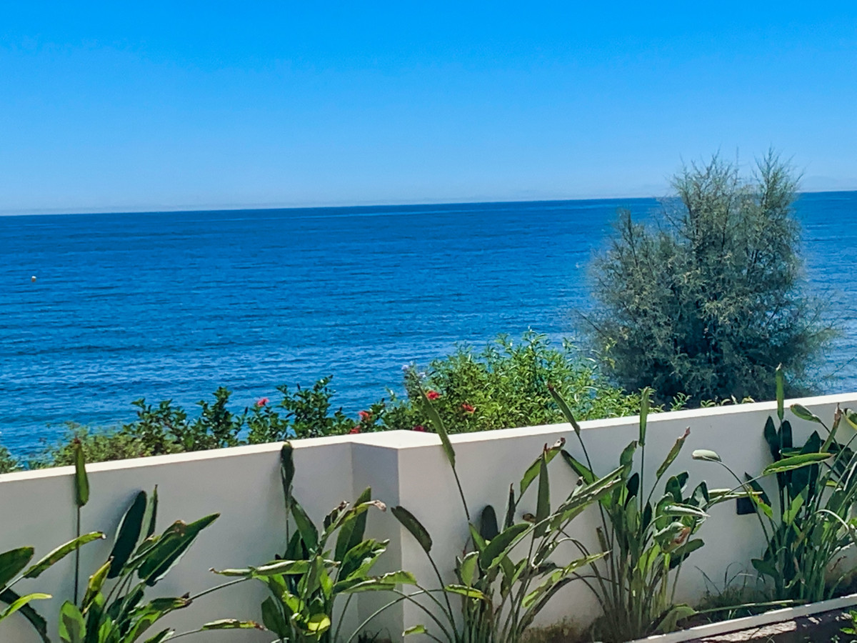 A beautiful and chic villa situated in an enviable beachfront location that is only 5 minutes drive ,Spain