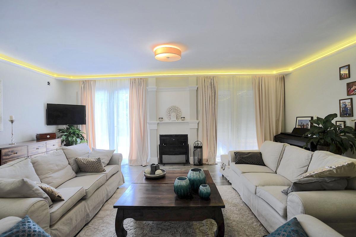 Villa – Chalet en Venta en Cortijo Blanco – R3597461