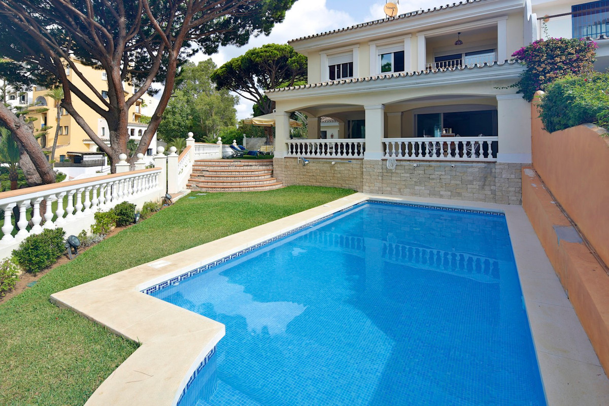 Frontline location on the Port of Cabopino situated between Marbella and Fuengirola enjoying lovely ,Spain