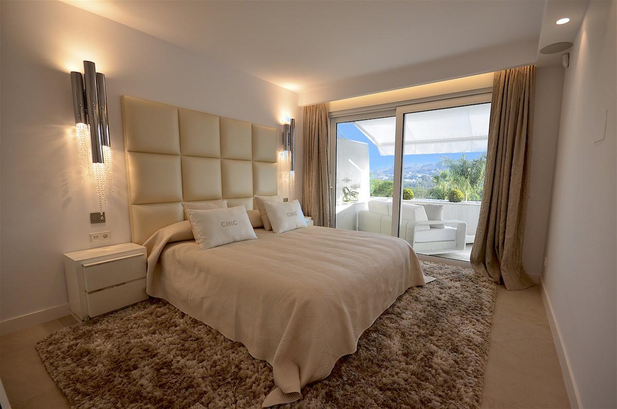 Apartamento con 4 Dormitorios en Venta Las Brisas