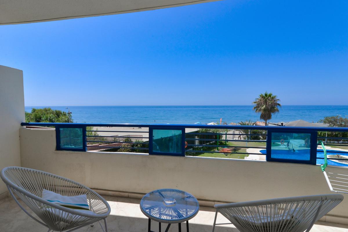Marbella Banus Apartamento Planta Media en Venta en Marbella – R3525652