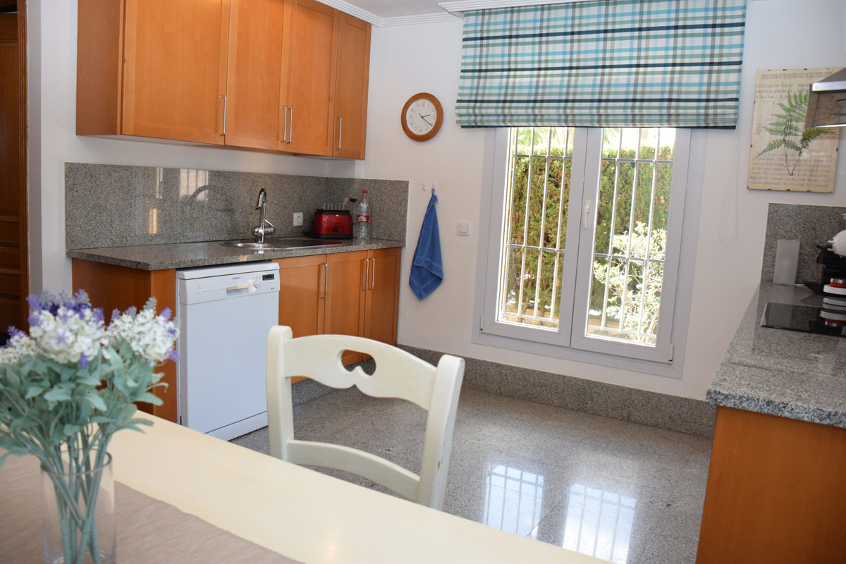 3 Bedroom Villa for sale Santa Clara