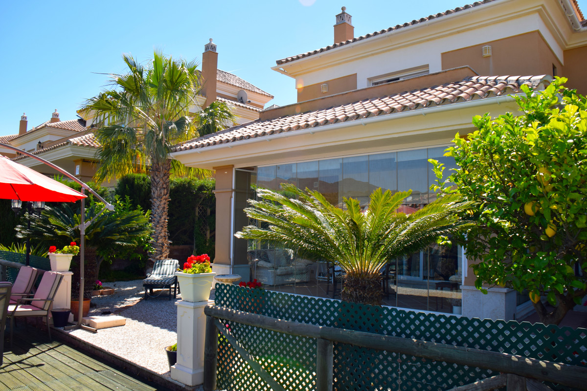 Fantastic semi-detached villa located in the exclusive urbanization Santa Clara Golf, with 24 h secu, Spain