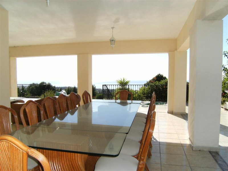 8 Bedroom Villa For Sale - Sierra Blanca