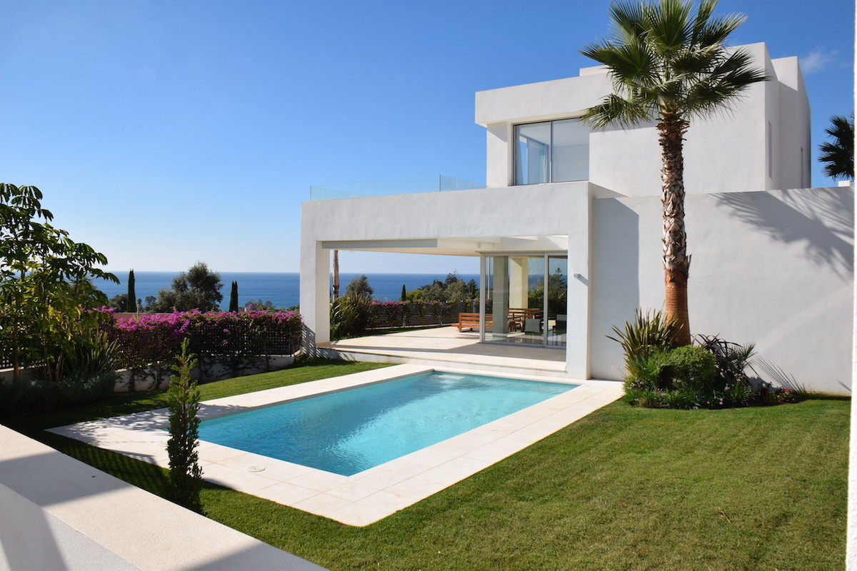 Detached Villa for sale in Río Real R3036086