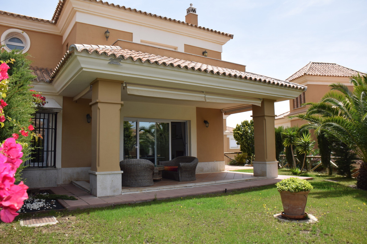 Bargain! Bargain! Big Reduction!  Fantastic semi-detached villa with garden and west facing. Located, Spain