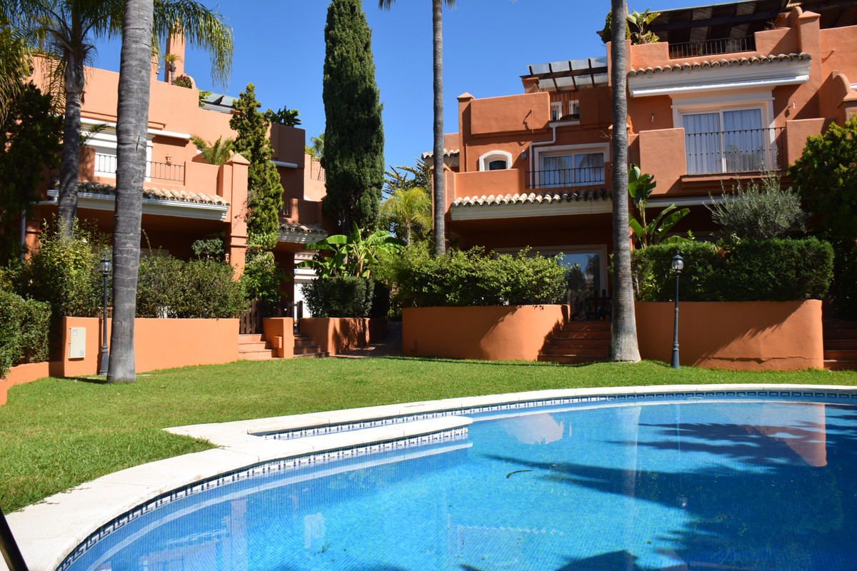 Incredible townhouse house on the corner 200 meters from the beach in the renowned urbanization Bahi,Spain
