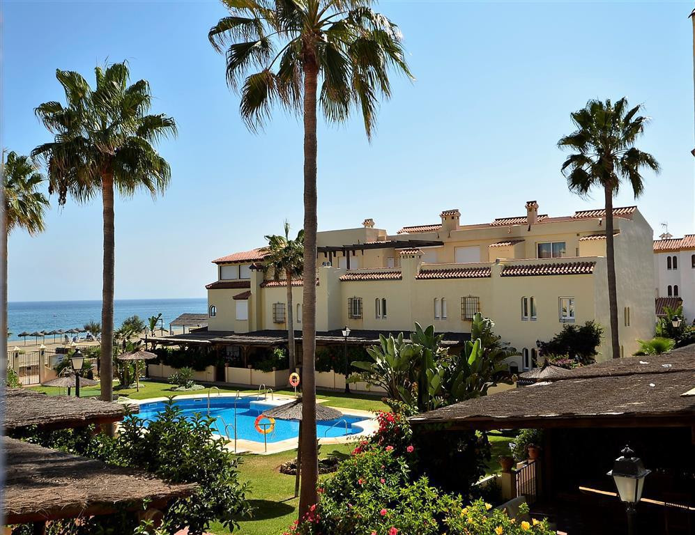 Townhouse for sale in Casares Playa, Costa del Sol