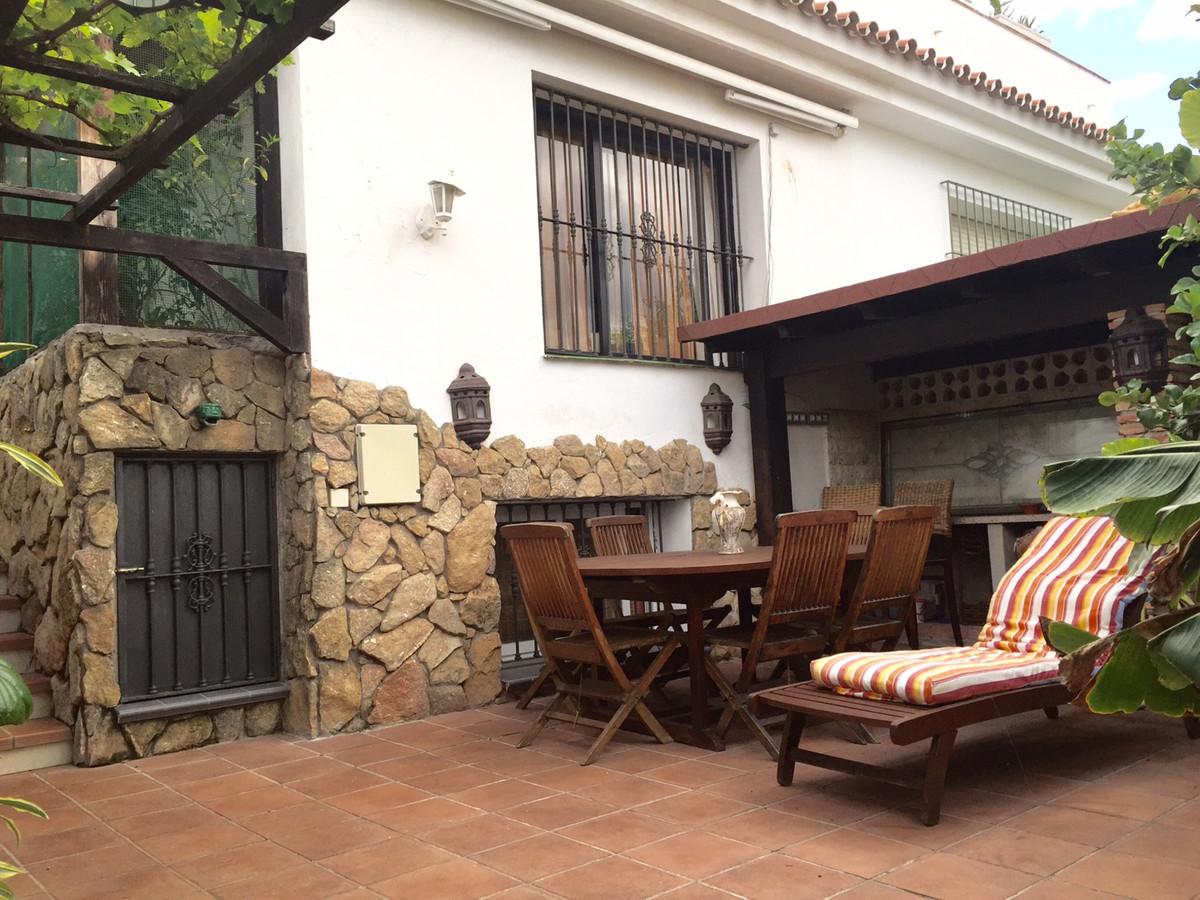 Townhouse for sale in Cortijo Blanco, Costa del Sol