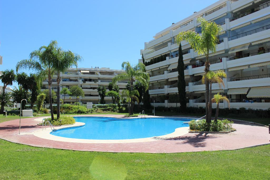 Apartment for sale in Guadalmina Alta, Costa del Sol
