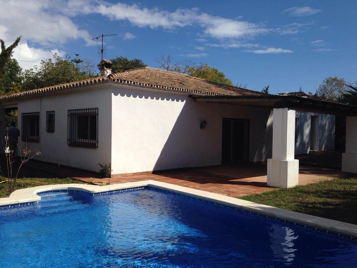 Villa till salu i Artola, Costa del Sol