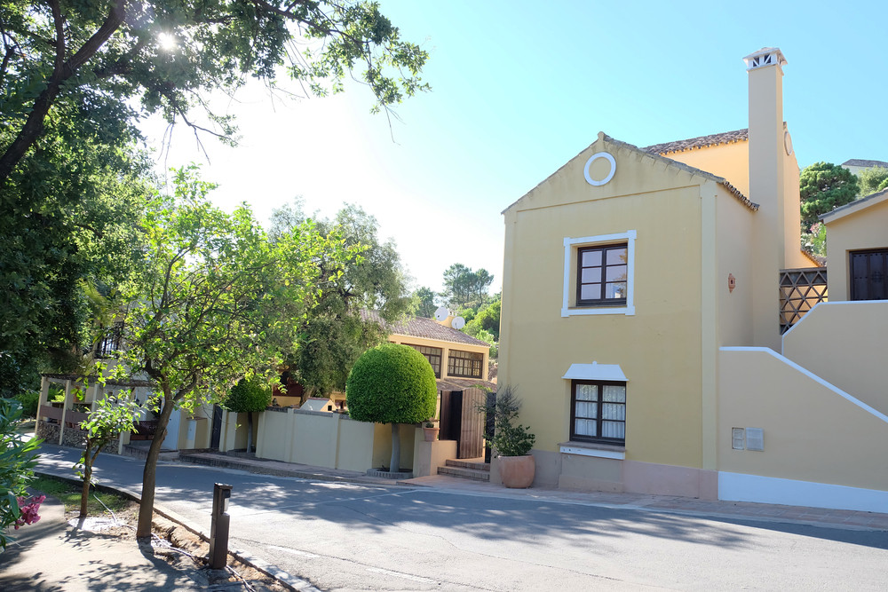 Townhouse for sale in La Zagaleta, Costa del Sol