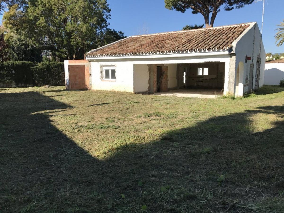 Plot/Land for sale in Cortijo Blanco, Costa del Sol