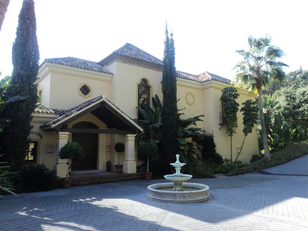Villa for sale in La Zagaleta, Costa del Sol